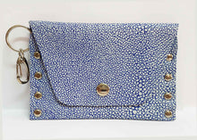 Load image into Gallery viewer, Blue Stringray Print Leather Coin Purse