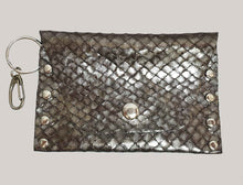 Load image into Gallery viewer, Metallic Fish Scale Leather Coin Purse