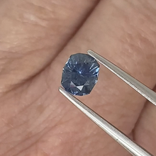 Load image into Gallery viewer, 0.90ct Medium-Dark Blue Cushion Sapphire