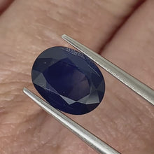 Load and play video in Gallery viewer, 2.80ct Blue Natural Sapphire