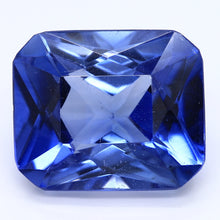 Load image into Gallery viewer, 11.30ct Bluish Violet Synthetic Sapphire