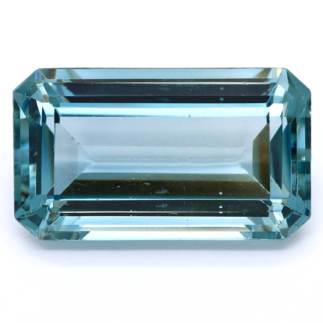 37.36ct Light Green Synthetic Spinel