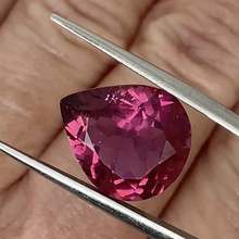 Load image into Gallery viewer, 7.65ct Pink Natural Tourmaline