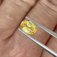 Load image into Gallery viewer, 0.96ct Yellow Natural Sapphire
