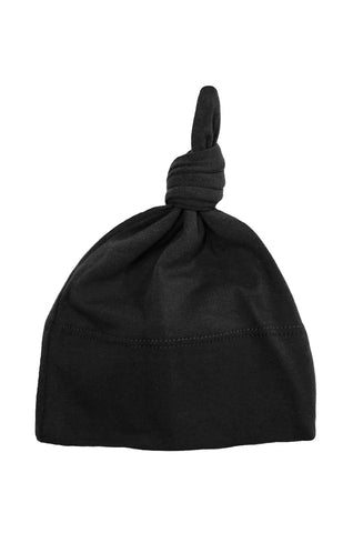 basic knotted beanie in black