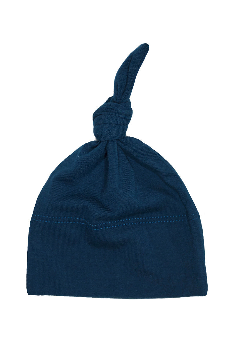 basic knotted beanie in cadet blue