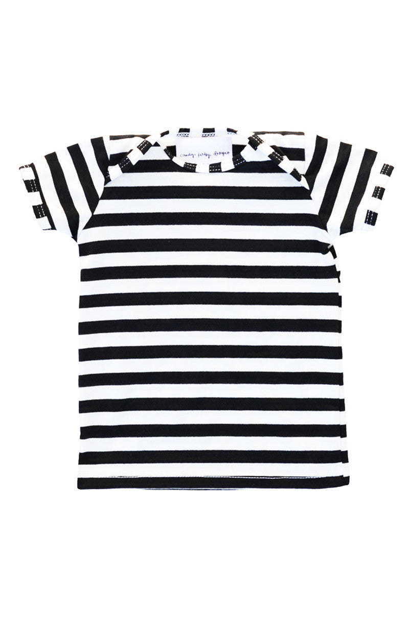 basic short sleeved tee in black and white stripe