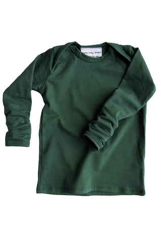 basic long sleeved tee in evergreen