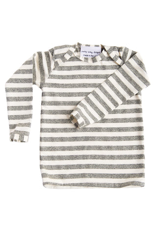 basic long sleeved tee in marled grey stripe
