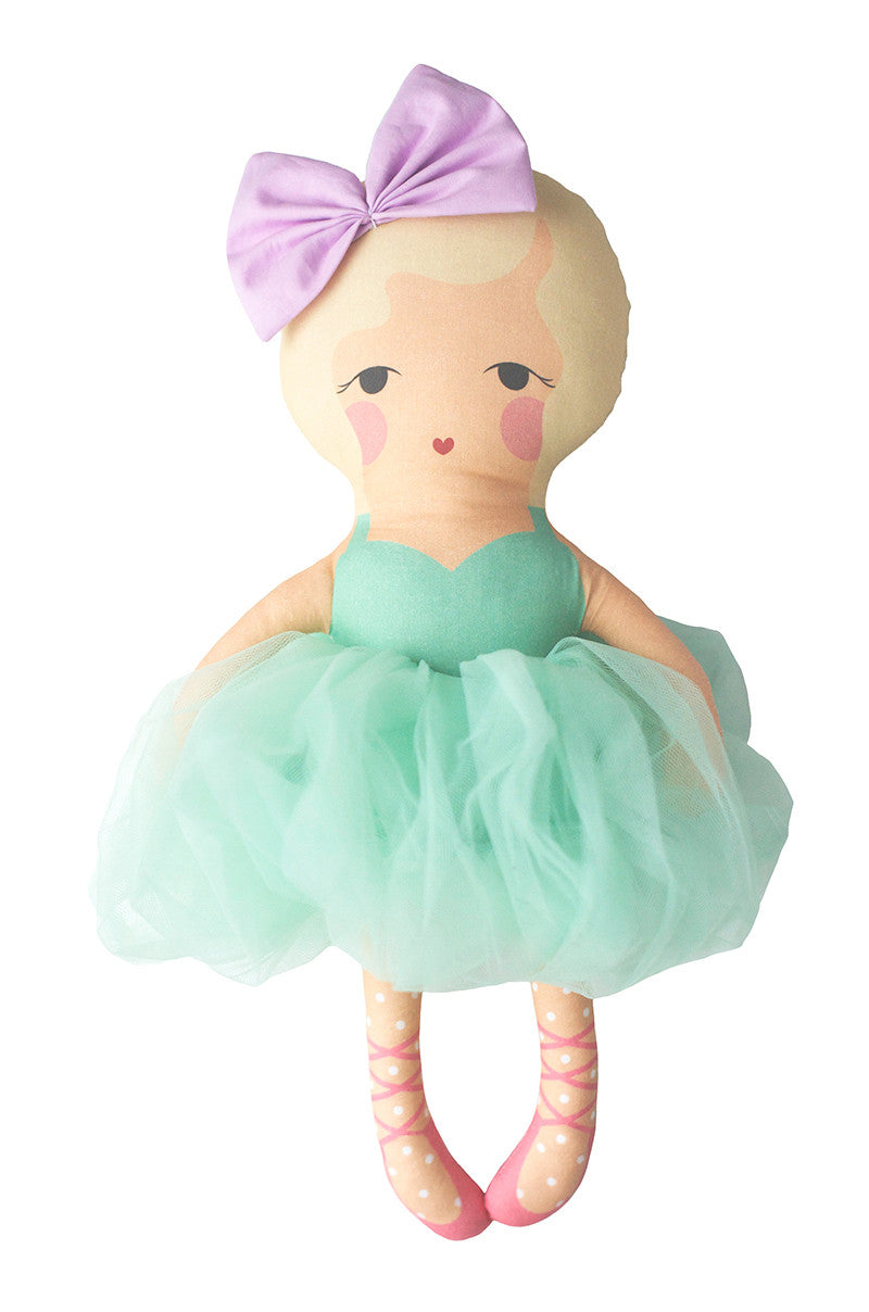 the samantha ballerina doll
