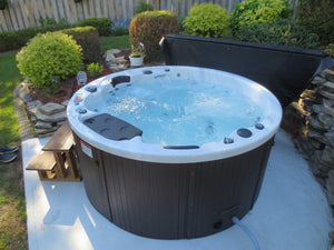 Ottawa 38-Jet 6-Person Spa. Description:Slow down and enjoy each other's company in a Canadian Spa Company Ottawa hot tub while 38 adjustable hurricane jets help to work out that knot in your back. This tub is perfect for any family as it fits 6-people comfortably. A powerful 16 amp 5HP 2 Speed pump and adjustable air valves ensure that everyone receives the pressure that they require.  The Ottawa hot tub features perimeter multi-coloured LED lighting and a Bluetooth Audio System.
