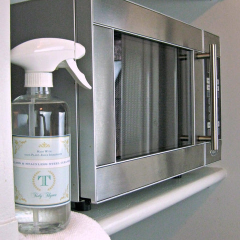 Tidy Thyme Plant Based Natural Home and Cleaning presents a naturally clean microwave, thanks to our Glass & Stainless Steel Cleaner