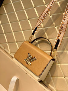 "Bolsa Louis Vuitton Twist MM ""Creme/Branco"""