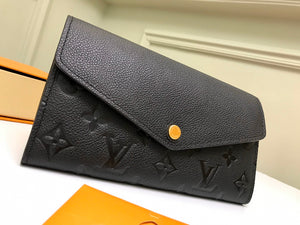 "Carteira Louis Vuitton Sarah ""Monogram Empreinte"""