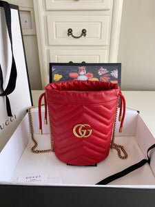 "Gucci GG Marmont mini bucket bag ""Vermelha"""