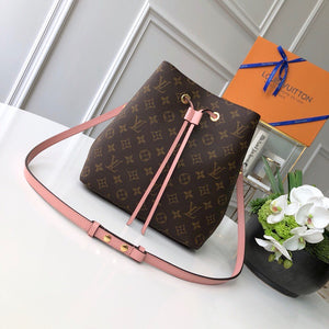 "Bolsa Louis Vuitton NeoNoé ""Marrom/Rose"""