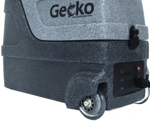 Maneuvarable Gecko Extractor with Smooth Rolling Casters