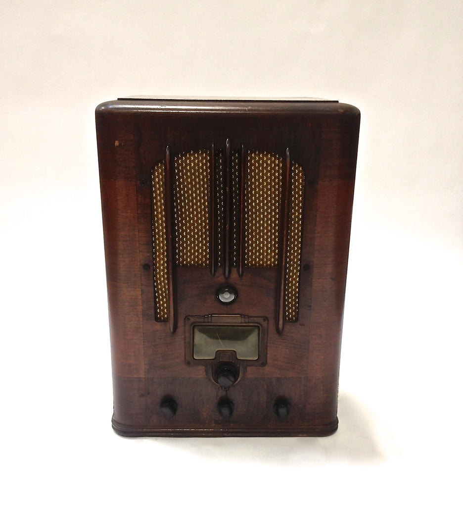 Antique 1935 RCA Victor Model 6T5 Tube Tombstone Radio - Vintage Guitar Gallery of Long Island | Vintage Guitar Shop