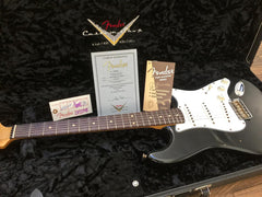 2005 Fender Custom Shop 1960 Stratocaster Relic Black Nitro Finish - Vintage Guitar Gallery of Long Island | Vintage Guitar Shop