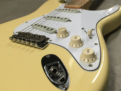 Fender Stratocaster Artist Edition Yngwe Malmsteen 2007 White - Vintage Guitar Gallery of Long Island | Vintage Guitar Shop