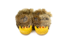 Load image into Gallery viewer, Children's Laurentian Chief Rabbit Fur Beaded Moccasins
