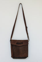Load image into Gallery viewer, Buffalo Hide Messenger Bag #2807