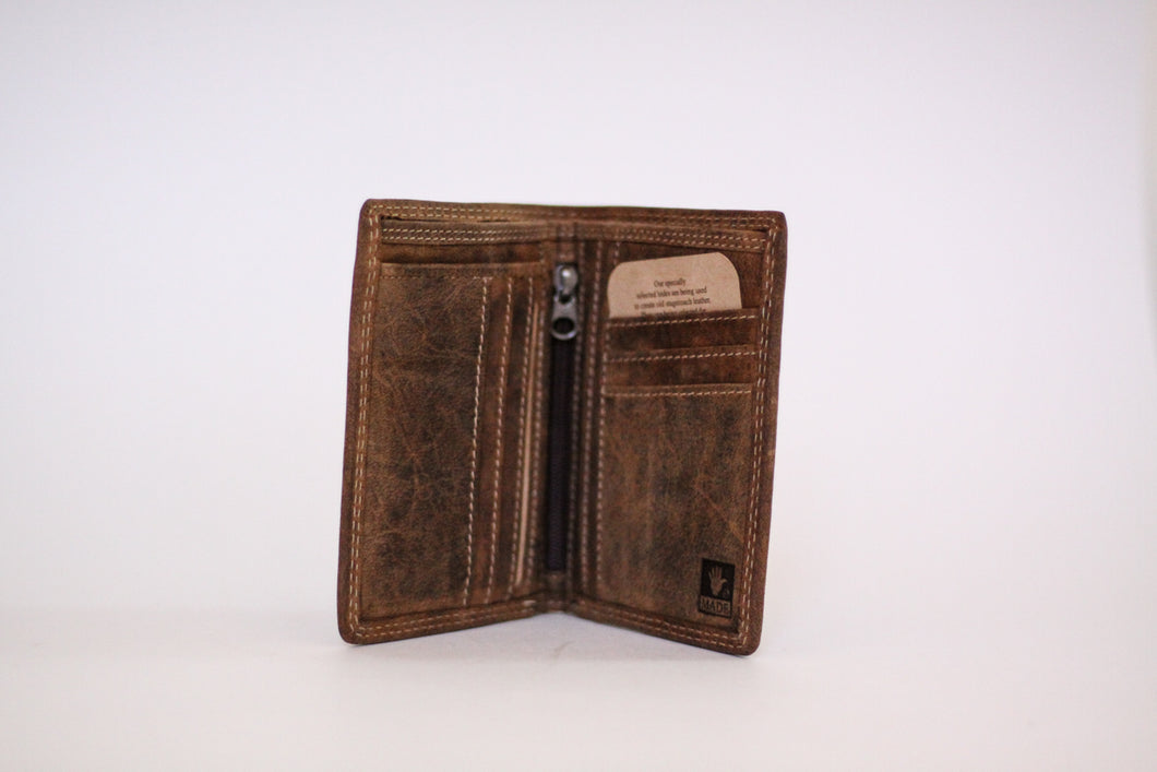 Buffalo Hide Unisex Billfold #216