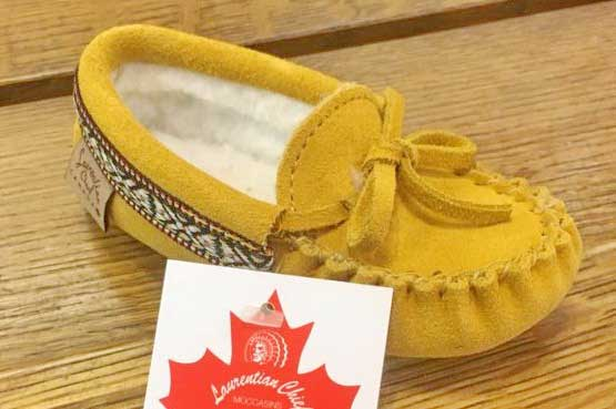 Children's Laurentian Chief Moccasins