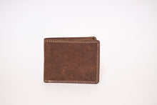 Load image into Gallery viewer, Men's Buffalo Hide Billfold #213