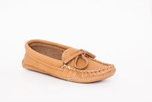 Load image into Gallery viewer, Men's Laurentian Chief Moosehide Moccasins