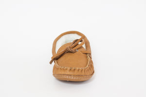 Women's Laurentian Chief Moosehide Moccasins with Sheepskin