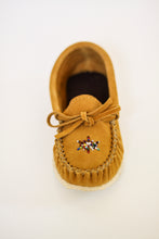 Load image into Gallery viewer, Youth's Laurentian Chief Moccasins