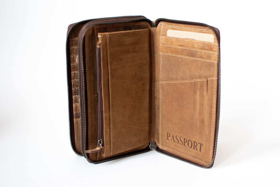 Buffalo Hide Passport Holder + Organiser #292