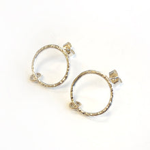 Load image into Gallery viewer, Silver & gold ring studs