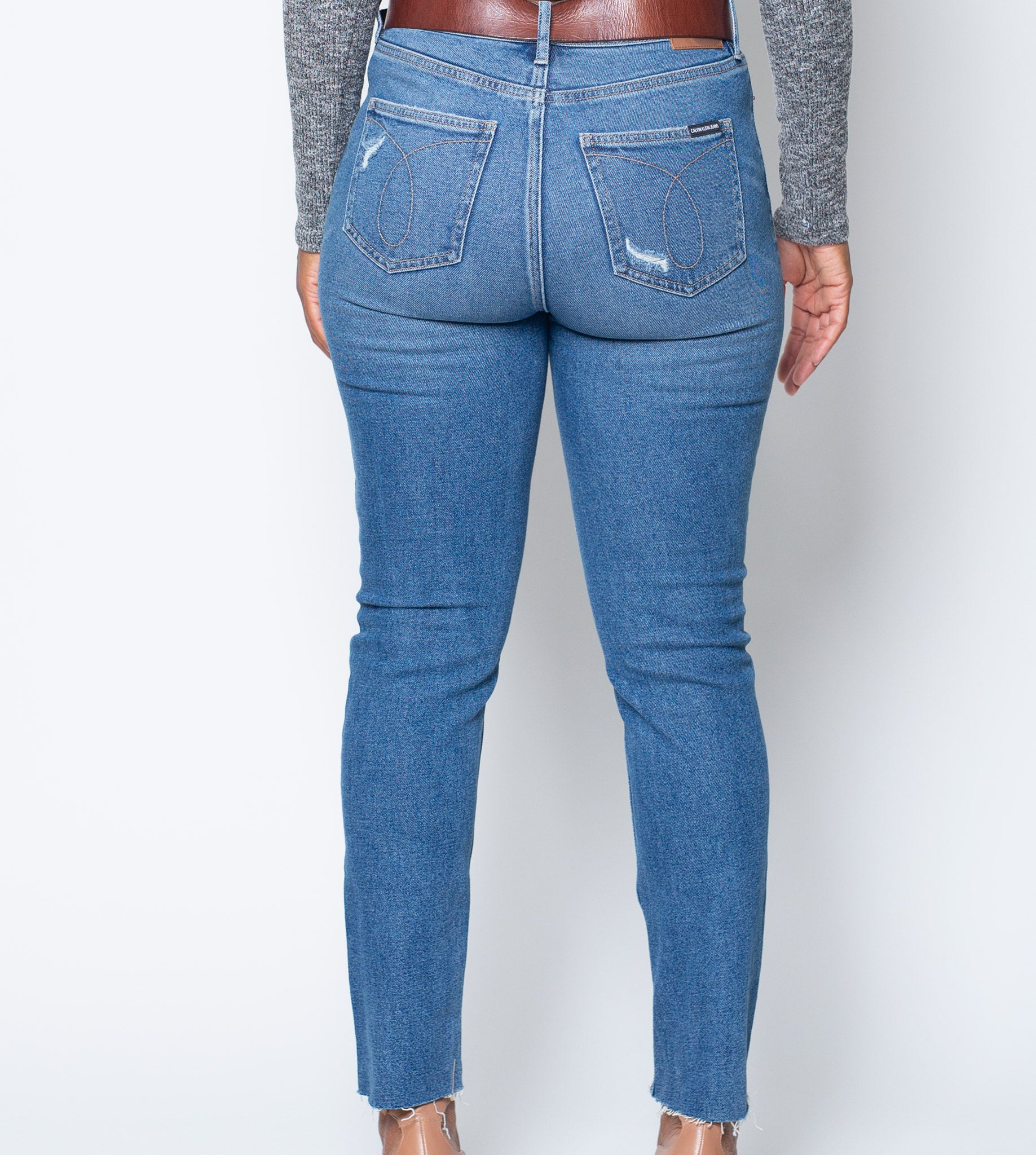 High Rise Ripped Jeans with Hem Cut