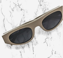 "Load image into Gallery viewer, Thierry Lasry  Koché X Thierry Lasry ""Cobalt"""