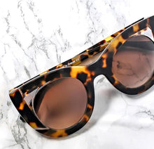 Load image into Gallery viewer, Thierry Lasry  Wavvvy