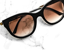 Load image into Gallery viewer, Thierry Lasry Lively