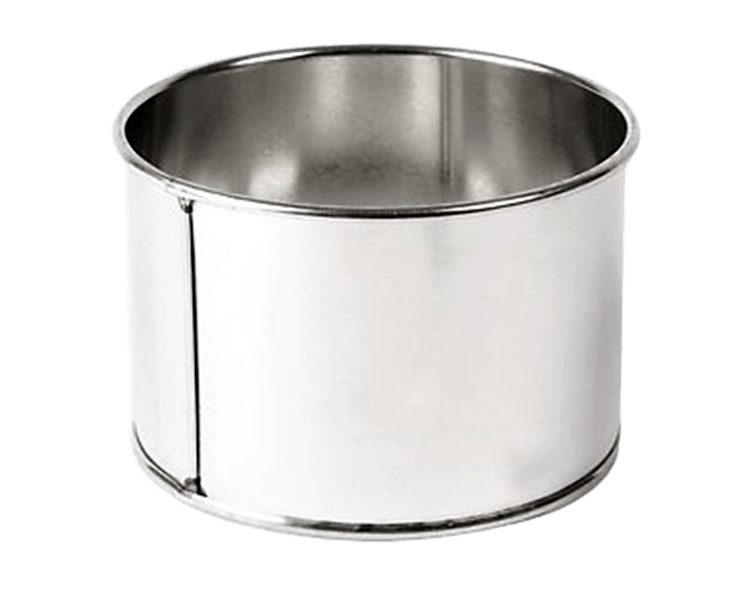 ROUND 7in (18cm) x 5in high Cake Tin