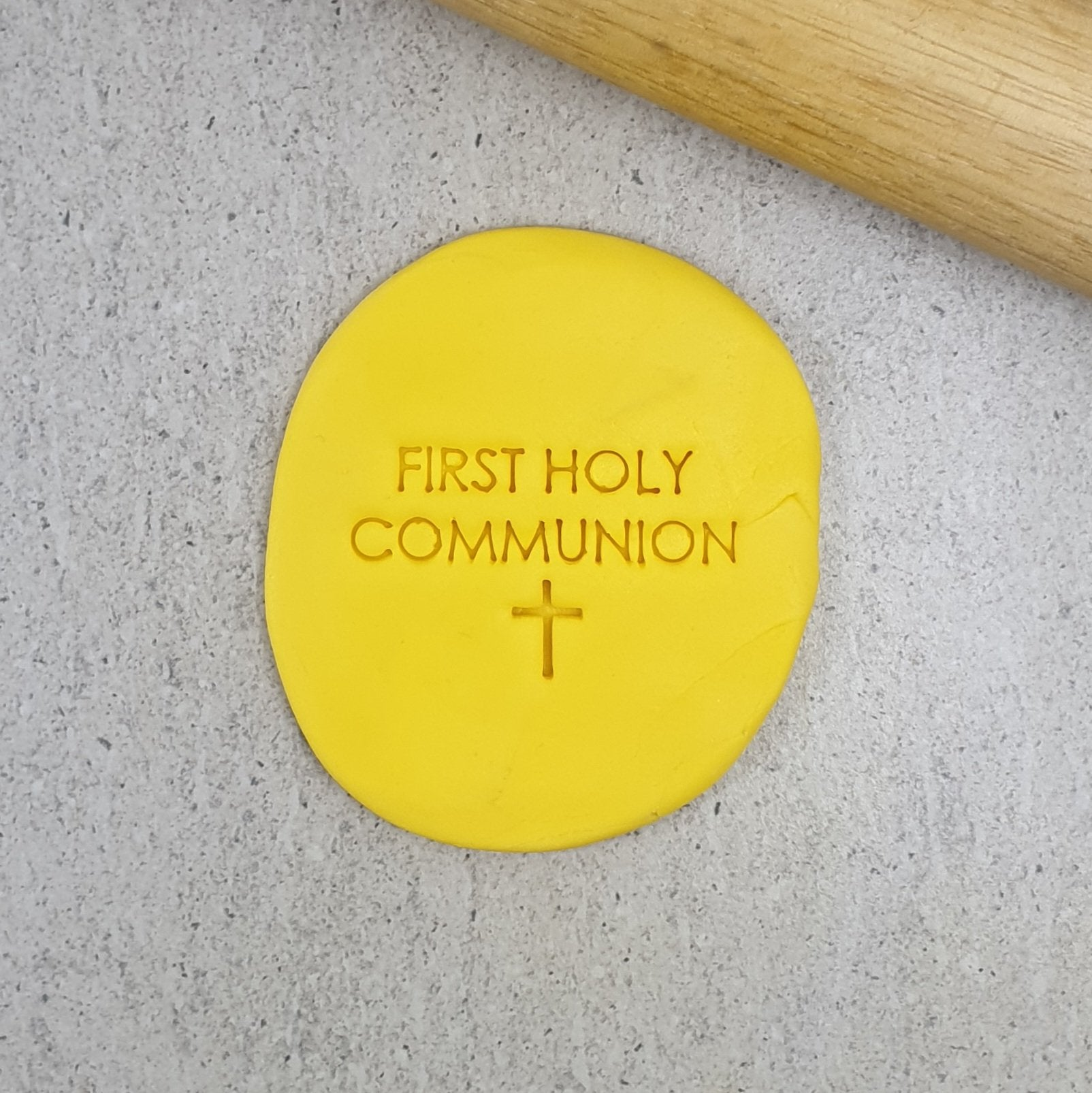 FIRST HOLY COMMUNION 60MM COOKIE EMBOSSER