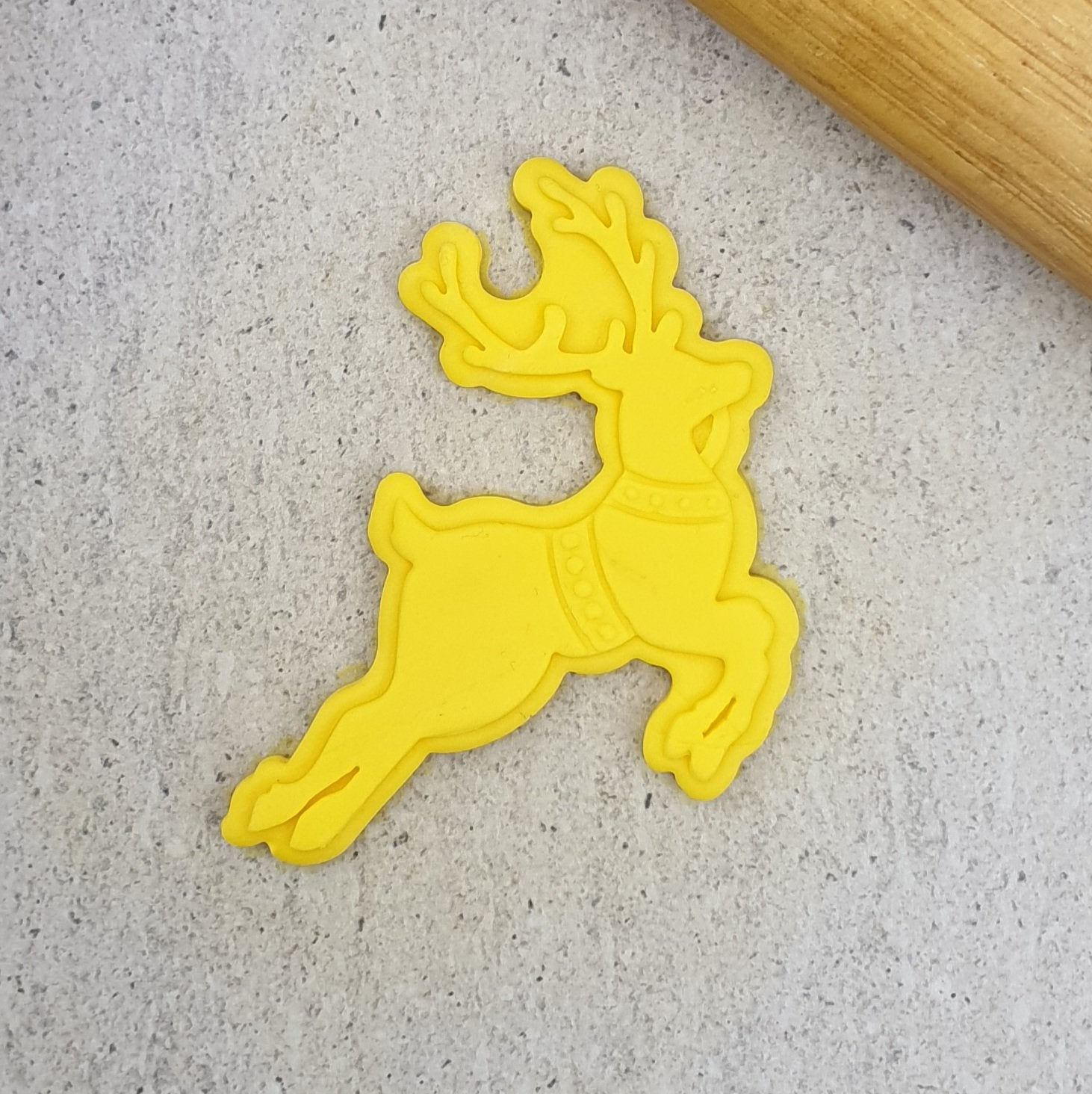 FLYING REINDEER CUTTER + 3D COOKIE EMBOSSER