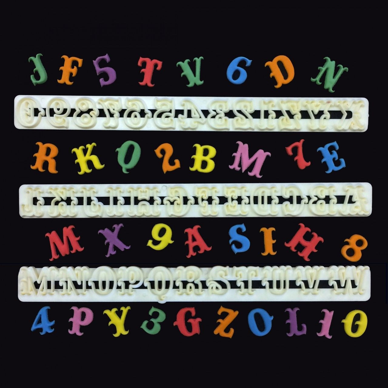 FMM CARNIVAL Alphabet and Number tappit set