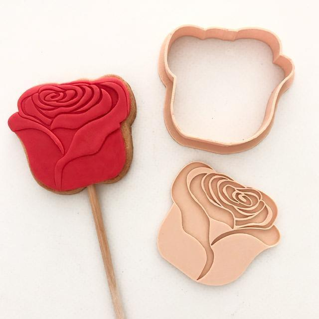 ROSE CUTTER + EMBOSSER SET by Little Biskut