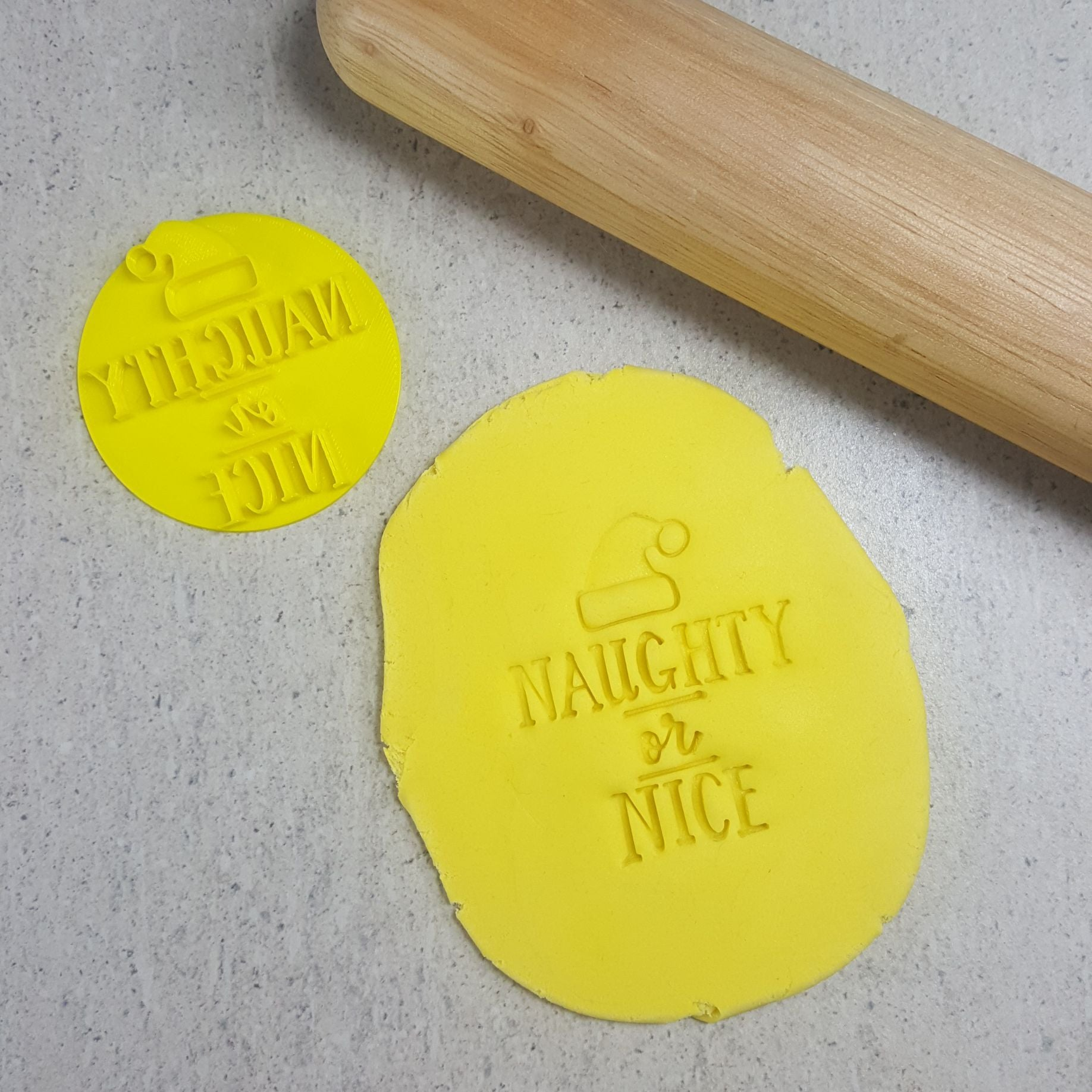 NAUGHTY OR NICE 60MM COOKIE EMBOSSER