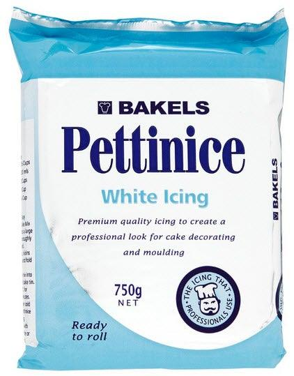 white Bakels RTR fondant icing 750g