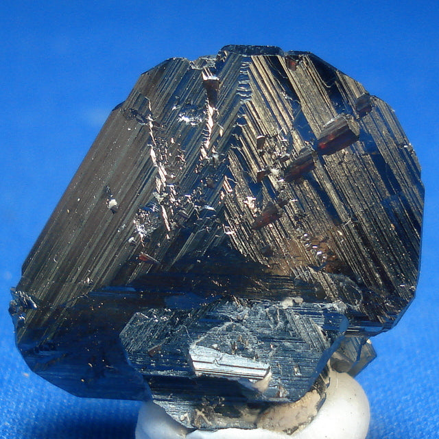 HEMATITE. Calvardi Gorge, Surselva, Switzerland. 5x20x24mm (M561)