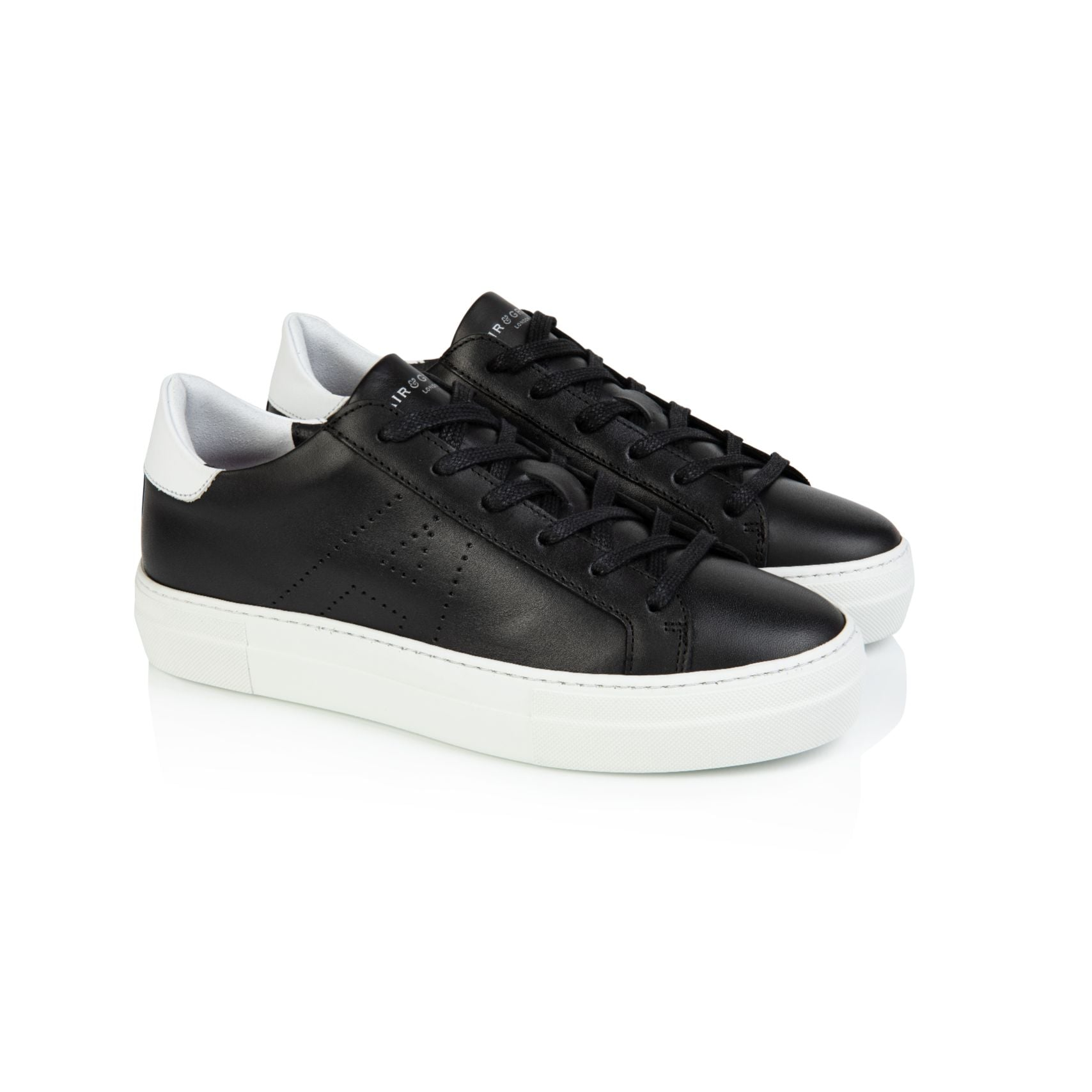 ROXY: BLACK LEATHER TRAINERS