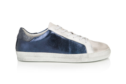CRU: NAVY METALLIC TRAINERS