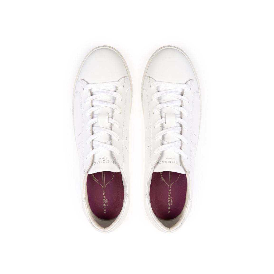 CRU SIGNATURE: WHITE TRAINERS