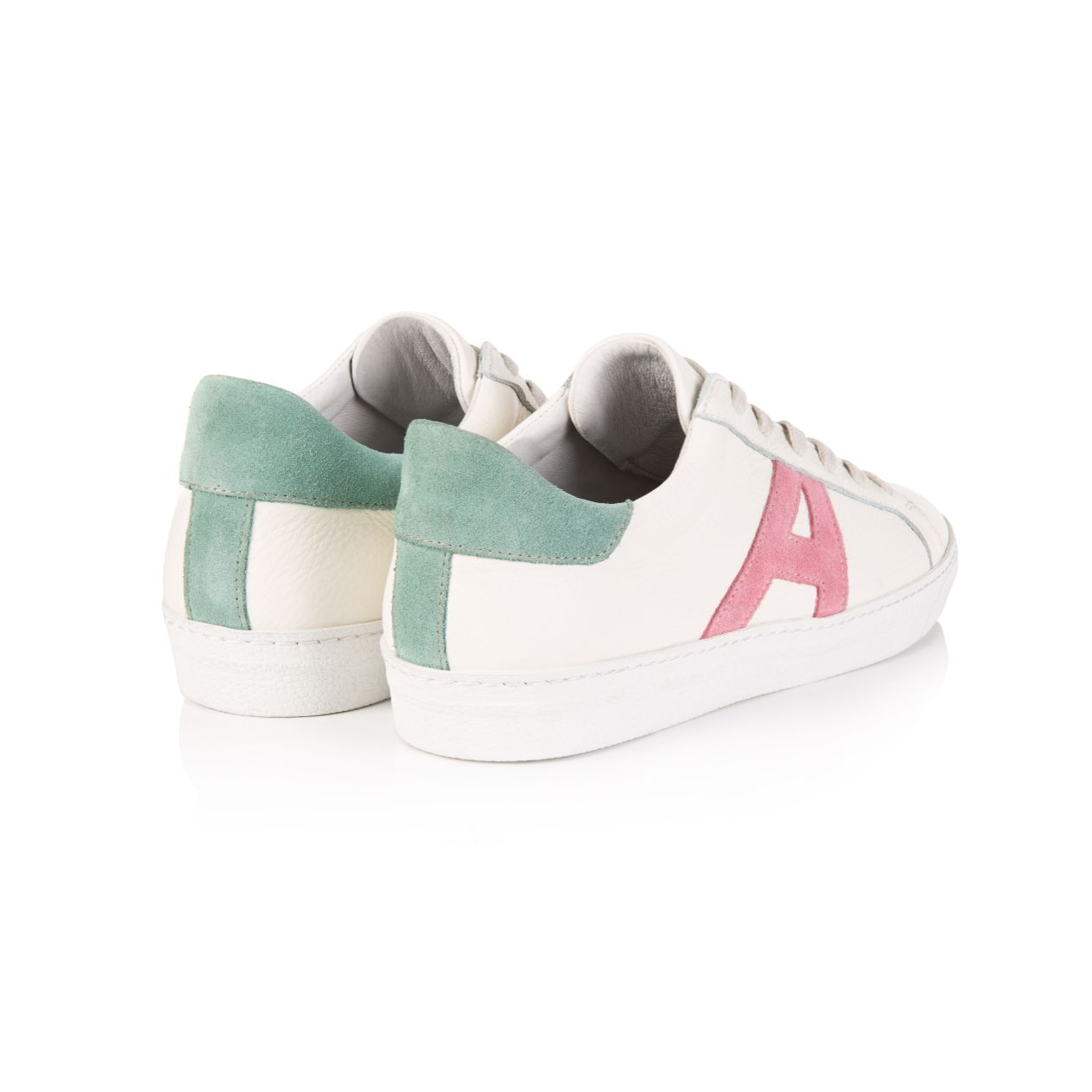 CRU SIGNATURE: WHITE & PASTEL TRAINERS